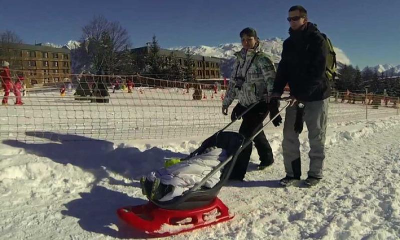 Que faire avec des enfants au ski ? Choisir une station labellisée Famille plus