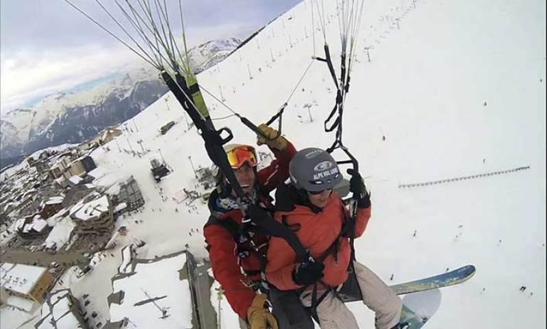 Que faire à  l'Alpe d'Huez ? Du parapente